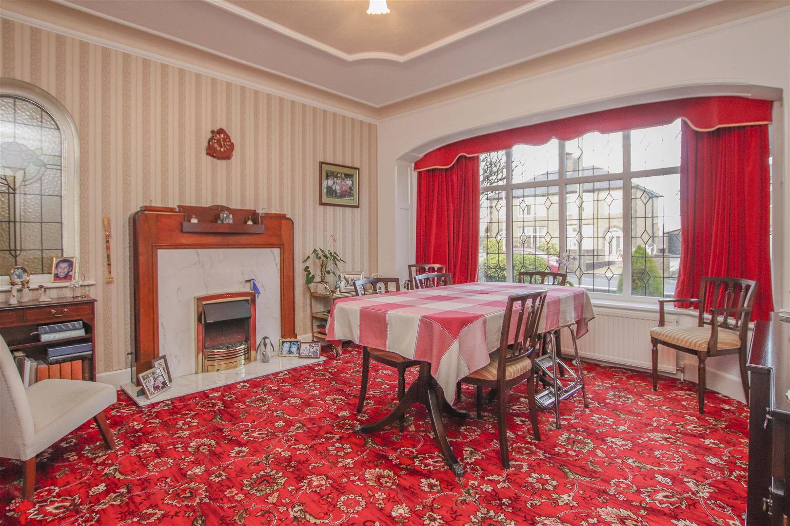 4 Bedroom Detached House For Sale - 4.JPG